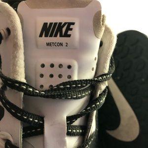 Nike Shoes - Nike Metcon 2 - Black/White